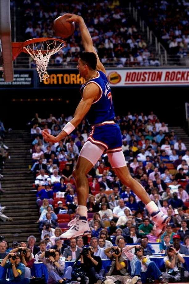 1989: Kenny Walker   Location: Houston Team: New York Knicks Photo: Andrew D. Bernstein, NBAE/Getty Images