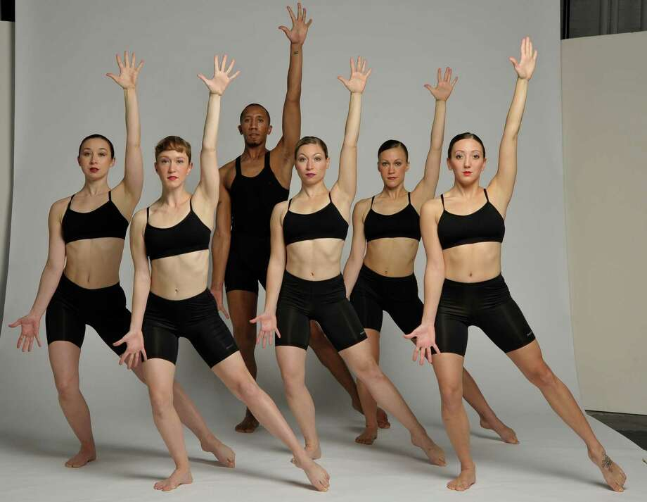 The Ellen Sinopoli Dance Company (Courtesy the artists)