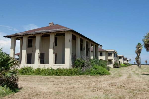 See Historic And Abandoned Military Bases Forts And Air