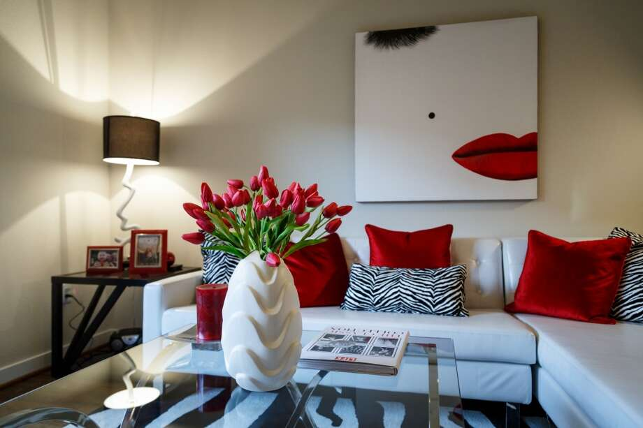A model apartment at 2900 West Dallas ( Michael Paulsen / Houston Chronicle ) Photo: Michael Paulsen, Houston Chronicle