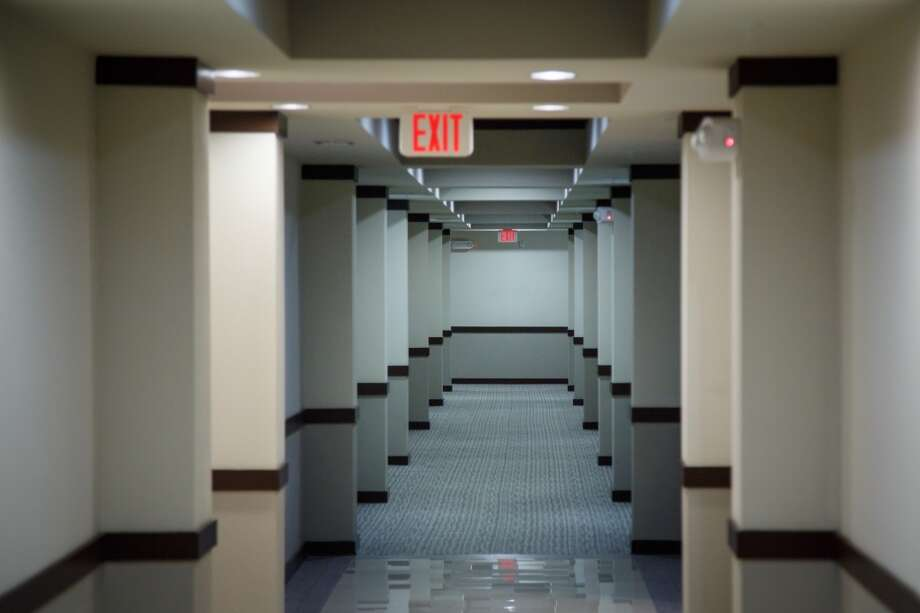 A hallway at 2900 West Dallas ( Michael Paulsen / Houston Chronicle ) Photo: Michael Paulsen, Houston Chronicle