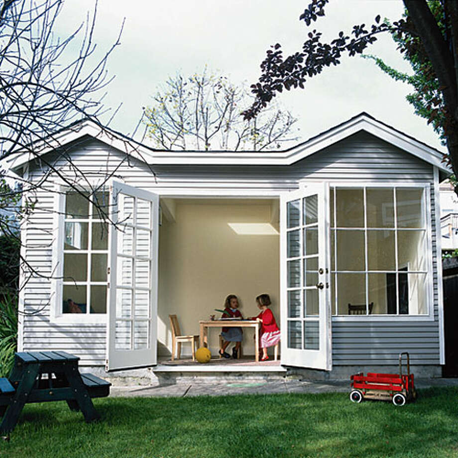 This Small Backyard Guest House Is Big On Ideas For: Creative Ideas For Backyard Retreats And Garden Sheds