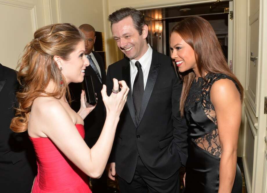 (L-R) Actors Anna Kendrick, Michael Sheen and Toni Trucks attend the 2014 UNICEF Ball presented by Baccarat at the Beverly Wilshire Four Seasons Hotel on January 14, 2014 in Beverly Hills, California. Photo: Michael Buckner, Getty Images For UNICEF
