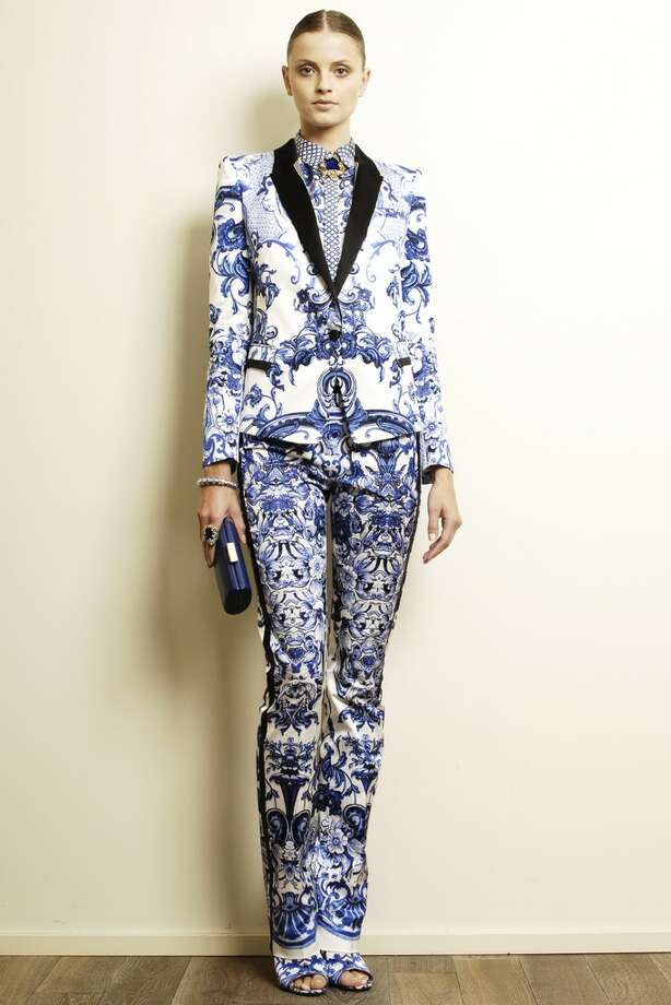 Roberto Cavalli paid homage to Delft influence in his Resort 2013 collection. / ONLINE_YES