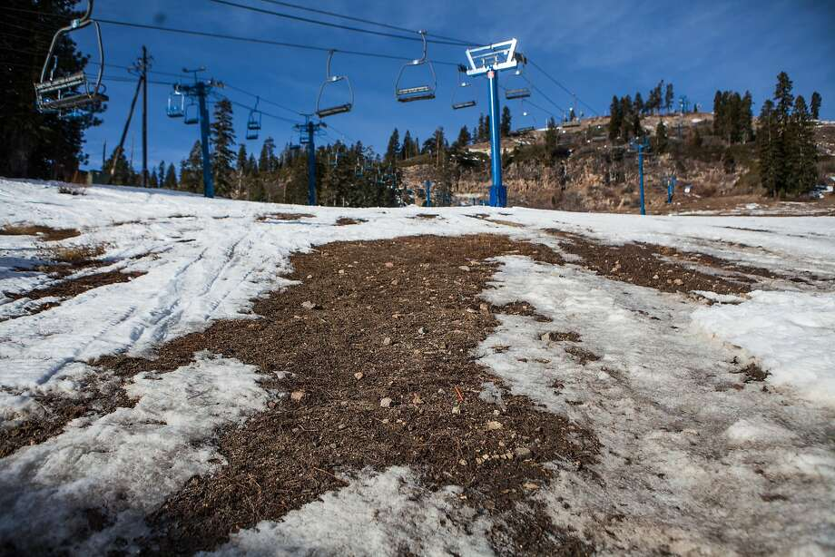 A dry winter has kept the lifts idle at Donner Ski Ranch. Many Sierra resorts have only minimal terrain available to ski. Photo: Max Whittaker/Prime, Special To The Chronicle