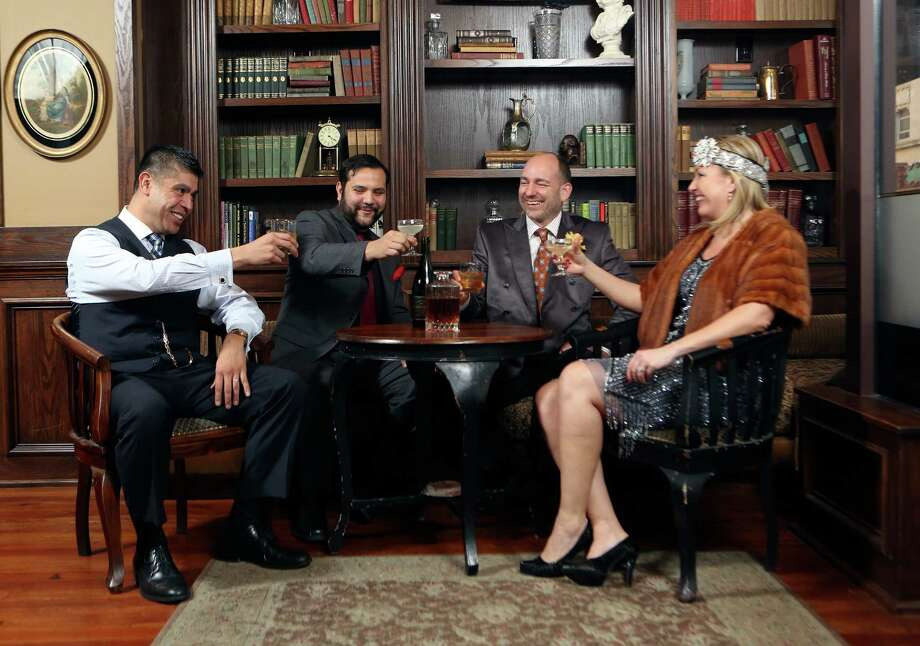 At the San Antonio Cocktail Conference opening night event Thursday at the Majestic Theatre, some 500 people each will spend $100 for an opportunity to dress up, nosh and sample 40 hand-crafted cocktails. Staff Writer Jennifer McInnis reports from behind the scenes.PHOTO: Carlos Faz, Timonty Bryand, Olaf Harmel, SACC presenter and Jenny Rabb, San Antonio Cocktail Conference coordinator. Photo: SAN ANTONIO EXPRESS-NEWS / SAN ANTONIO EXPRESS-NEWS
