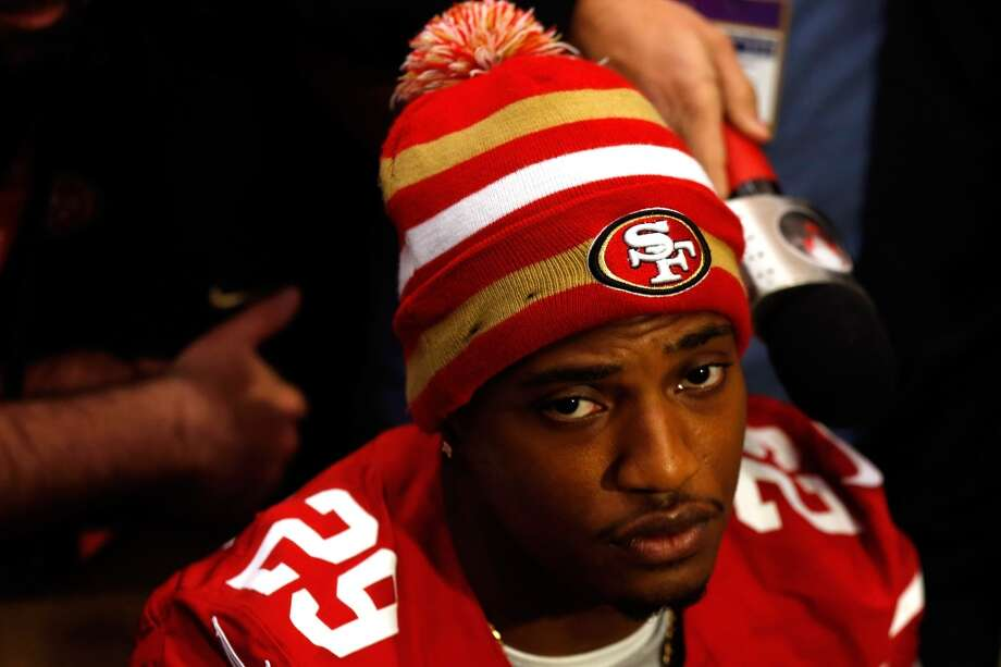 "6. Some Niners seemed anti-gayJust before Super Bowl XLVII, 49ers cornerback Chris Culliver said gay athletes don't belong in his locker room. Later, two other 49ers freaked out after learning the anti-bullying video they thought they participated in was actually an ""It Gets Better"" video for struggling homosexual youths and teens. Photo: Scott Halleran, Getty Images"