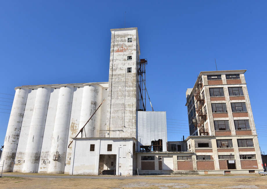 The Historic and Design Review Commission supported a finding of historic significance for the old Pro-Plus Mill, a landmark dating to 1916 just west of downtown. Photo: Robin Jerstad / For The San Antonio Express-News