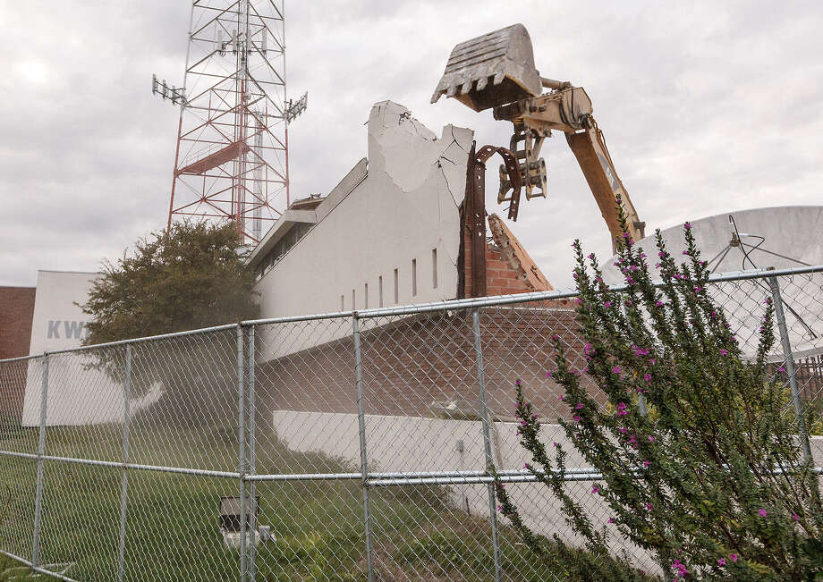 "The suggested addition of a ""cooling off"" period before certain structures could be razed comes in the wake of the controversial demolition of the old Univisíon television building downtown. Photo: San Antonio Express-News / File Photo / Express-News 2013"