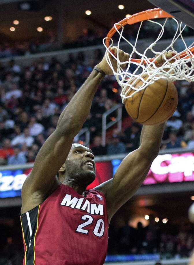 Playing in his first game since 2009, the Heat's Greg Oden had six points in a loss to the Wizards. Photo: Harry E. Walker / McClatchy-Tribune Photo Service