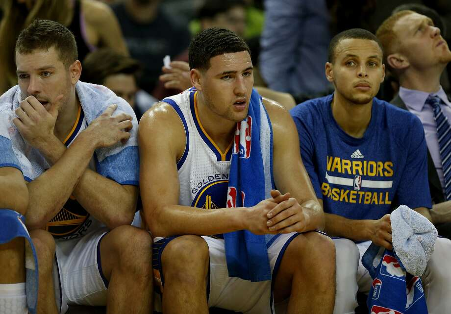 Klay Thompson (left), Stephen Curry: on pace to break record for threes. Photo: Brant Ward, The Chronicle
