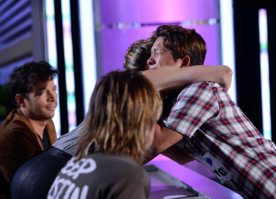 AMERICAN IDOL XIII: Austin Auditions: Contestant Rolando Guerrero gets a hug from Jennifer Lopez during his audition. AMERICAN IDOL XIII begins with a two-night, four-hour premiere Wednesday, Jan. 15 (8:00-10:00 PM ET/PT) and Thursday, Jan. 16 (8:00-10:00 PM ET/PT) on FOX. CR: Michael Becker / FOX. © Copyright 2013 FOX Broadcasting Co. / 1