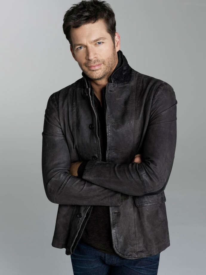 Musician and American Idol judge Harry Connick Jr. has a home in New Canaan. / 1