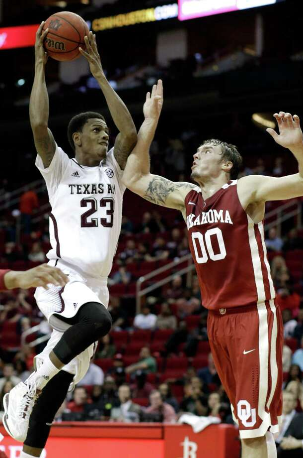 Jamal Jones, shown here against Oklahoma, scored 22 points in the Aggies' win Wednesday night. Photo: Pat Sullivan, Associated Press / AP