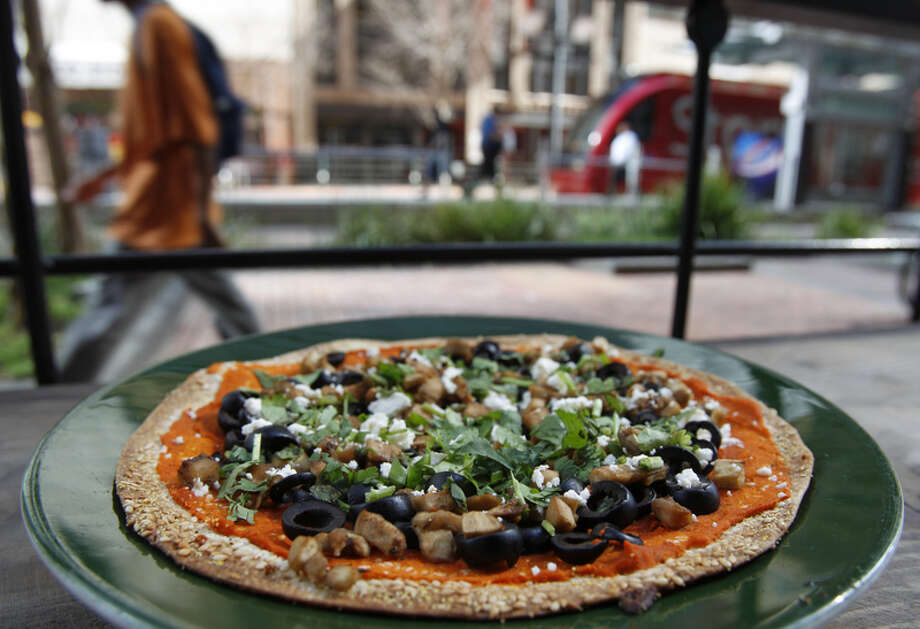 Bombay Pizza Co.Downtown