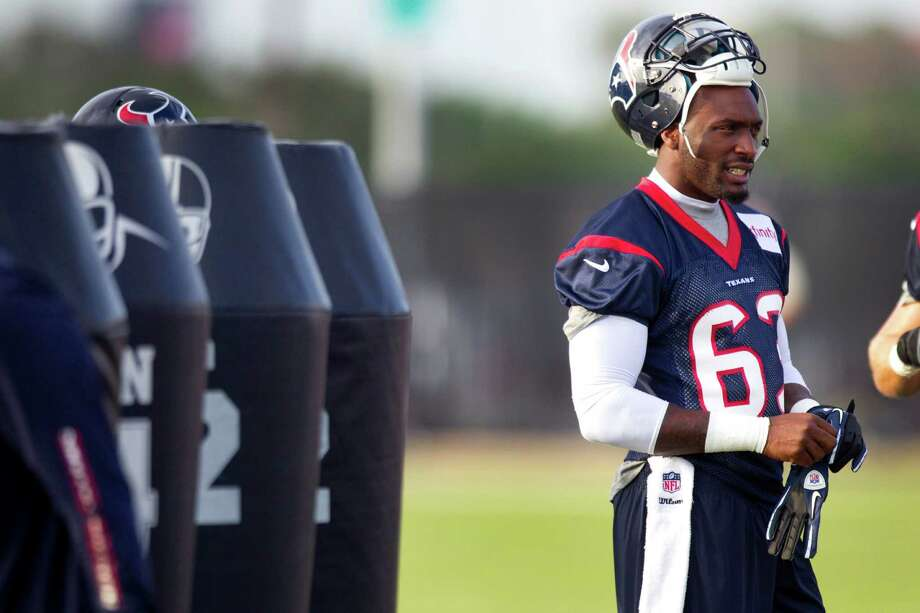 Houston Texans linebacker Willie Jefferson gets ready for practice during Texans training camp at the Methodist Training Center Friday, July 26, 2013, in Houston. Jefferson signed with the Buffalo Bills on Thursday. ( Brett Coomer / Houston Chronicle ) Photo: Brett Coomer, Staff / © 2013 Houston Chronicle