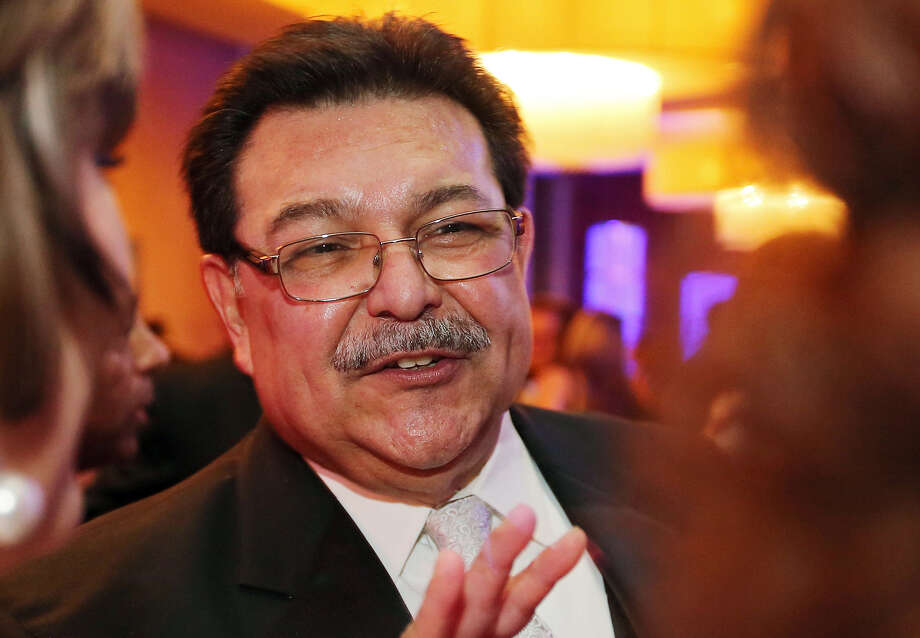 Alex Briseño was city manager for a decade and served under four mayors. Photo: San Antonio Express-News / File Photo / © 2013 San Antonio Express-News
