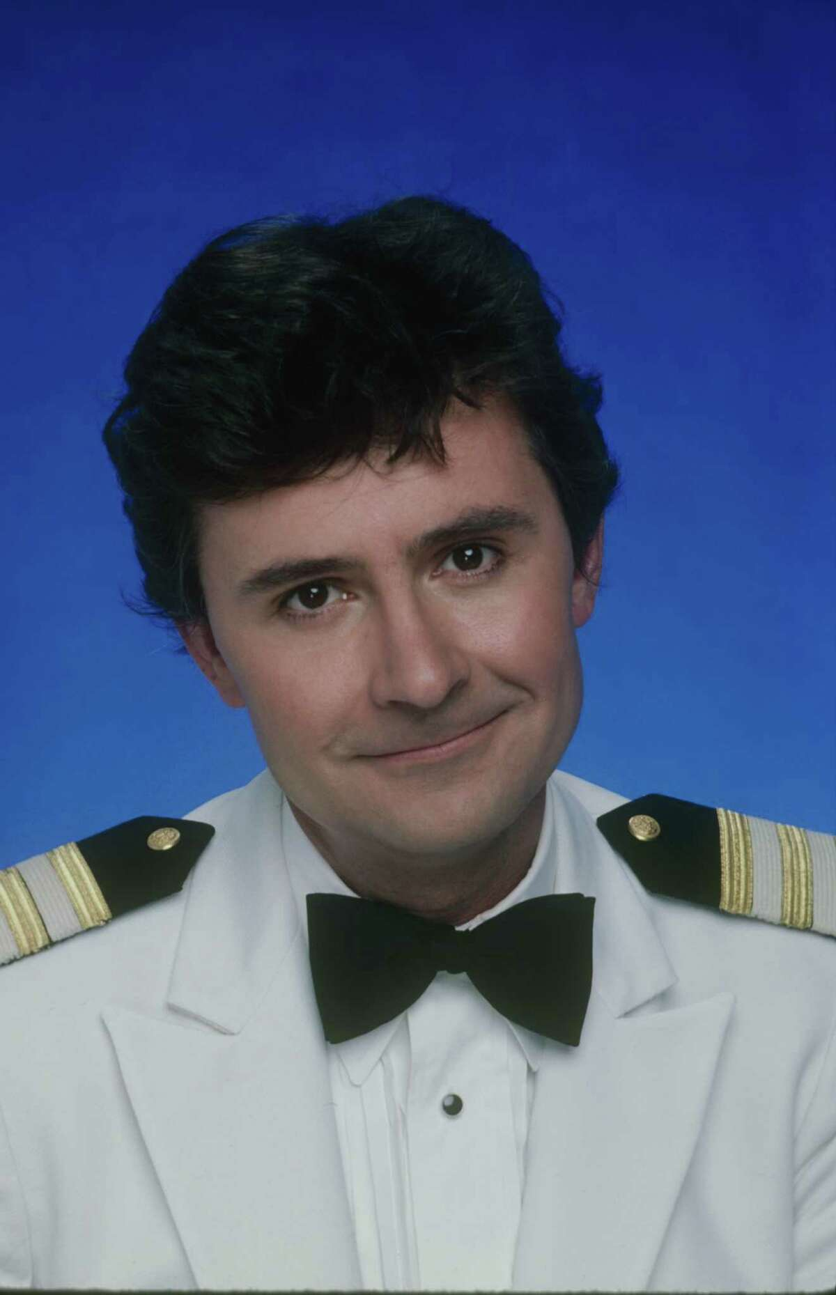 """Fred Grandy traded in his """"Love Boat"""" uniform for a seat in Congress."""
