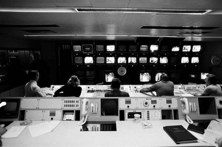 Saturday Night Live's control room on February 21, 1976 Photo: NBC, NBC Via Getty Images / © NBC Universal, Inc.