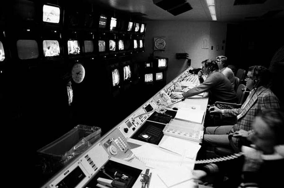 Saturday Night Live's control room on February 21, 1976 Photo: NBC, NBC Via Getty Images / © NBC Universal, Inc.