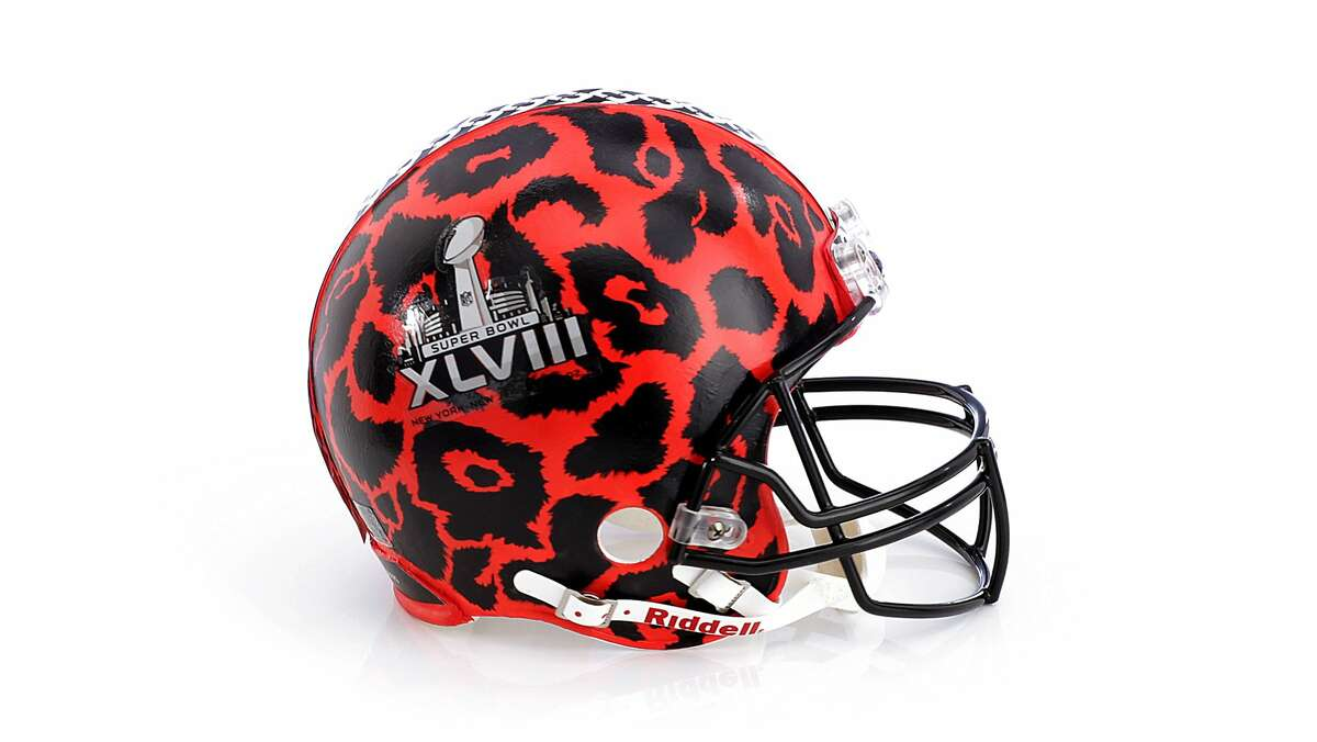 DVF In celebration of Superbowl XLVIII Bloomingdale's, the NFL and the Council of Fashion Designers of America (CFDA) have collaborated on the creation of 48 one-of-a-kind football helmets unlike any sports or fashion fans have ever seen. The helmets, designed by fashion luminaries including Alexis Bitar, Kenneth Cole and Donna Karan, range from the conceptual (Bloomingdale?•s own Statue of Liberty studded tribute) to couture (Marchesa's darkly glamorous embellished contribution) and are open to bidding until February 4 at Bloomingdales.com