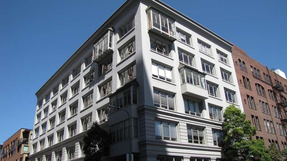 Legallet Building  615 Battery St.  Architect: Albert Pissis | Style: Blue-collar Renaissance/Baroque | Size: 6 stories | Date built: 1907 Photo: John King