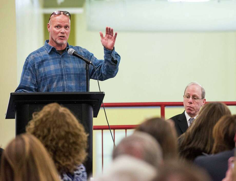 Jim McMahon, former Chicago Bears quarterback, speak to an audience at Chelsea Piers Stamford, CT Thursday, January, 16th, 2014. Photo: Mark Conrad, Mark Conrad/For The Advocate / Connecticut Post Freelance