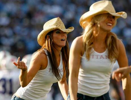 NASHVILLE, TN - NOVEMBER 15:  Tennessee Titans cheerleaders cheer for their team against the Buffalo Bills in their NFL game at LP Field on November 15, 2009 in Nashville, Tennessee.    (Photo by John Sommers II/Getty Images) Photo: John Sommers II, Getty Images / 2009 Getty Images