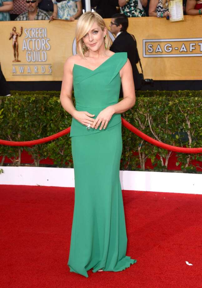 Jane Krakowski arrives at the 20th annual Screen Actors Guild Awards at the Shrine Auditorium in Los Angeles on Saturday, Jan. 18, 2014. First up in this gallery: Bright colors. Photo: Jordan Strauss, Jordan Strauss/Invision/AP