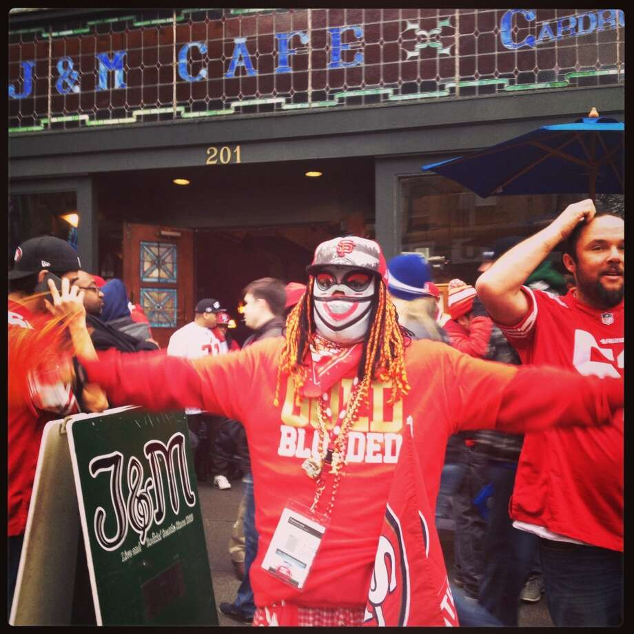 49ers fans make their presence known in Seattle. Photo: Ann Killion, The Chronicle