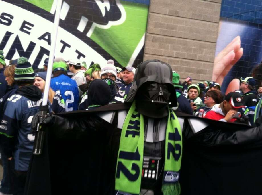 Darth Carroll arrives at the Link. Photo: Scott Ostler, The Chronicle