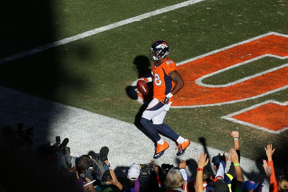 Broncos receiver Demaryius Thomas scores a touchdown against the Patriots. Photo: Justin Edmonds, Getty Images