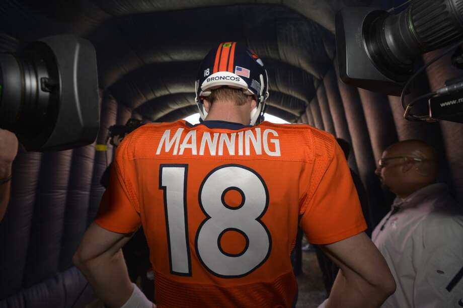 Broncos quarterback Peyton Manning before the start of the AFC Championship game against the Broncos. Photo: Jack Dempsey, Associated Press