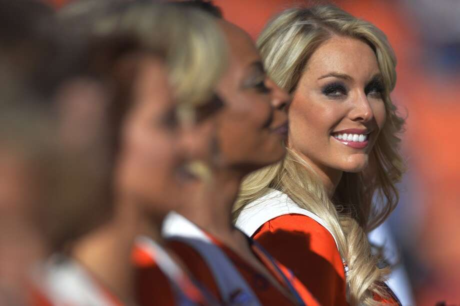 A Denver cheerleader before the Broncos face the Patriots in the AFC Championship game. Photo: Jack Dempsey, Associated Press