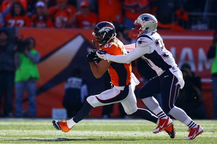 Broncos receiver Eric Decker makes a catch against the Patriots. Photo: Doug Pensinger, Getty Images
