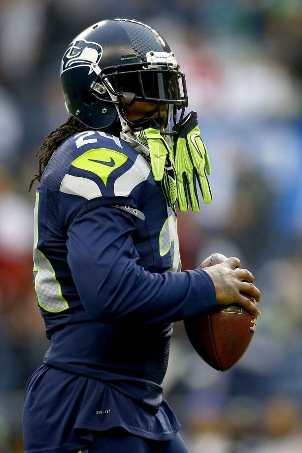 Seahawks running back Marshawn Lynch warms up before facing the 49ers in the NFC Championship game. Photo: Jonathan Ferrey, Getty Images