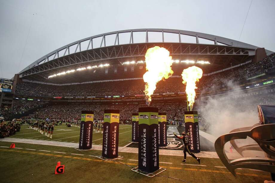 Seattle Seahawks player Bobby Wagner takes the field against the San Francisco 49ers before the NFC Championship game at CenturyLink Field on Sunday, January 19, 2014. Photo: JOSHUA TRUJILLO, SEATTLEPI.COM / SEATTLEPI.COM