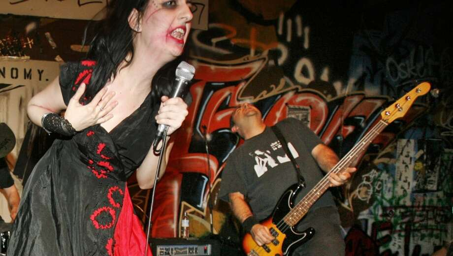 924 Gilman, Berkeley. Volunteer-run, all-ages club has given rise to Green Day, Rancid, Operation Ivy, The Offspring, AFI, and others. Pictured is Autonomy in 2006. Photo: Mike Kepka, The Chroncile