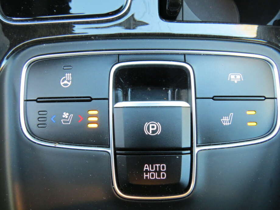 On the center console is a bank of switches for seat temperature. The driver gets three levels of heated seat and three levels of ventilated seat. The passenger gets two levels of heat and that's it. Huh? again.  What's going on here? The simple answer could be that the manufacturer is cheaping it out, saving a few bucks here and there. But it's not great public relations. Equal comfort for both front seat riders, say I.