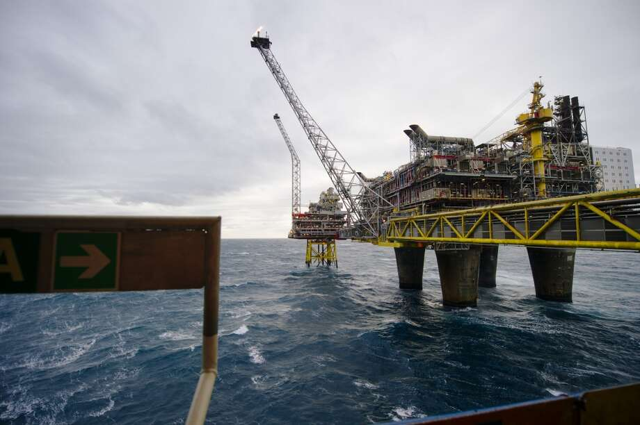 The Oseberg A offshore gas platform operated by Statoil ASA stands in the Oseberg North Sea oil field 140 kilometers  (87 miles) from Bergen, Norway, on Friday, Jan. 17, 2014. Photo: Kristian Helgesen, Bloomberg