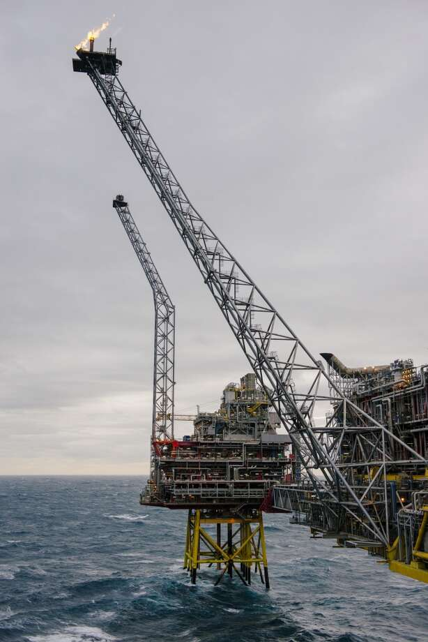 Gases burn from a flare stack on the Oseberg A offshore gas platform operated by Statoil ASA in the Oseberg North Sea oil field 140 kilometers  (87 miles) from Bergen, Norway, on Friday, Jan. 17, 2014. Photo: Kristian Helgesen, Bloomberg