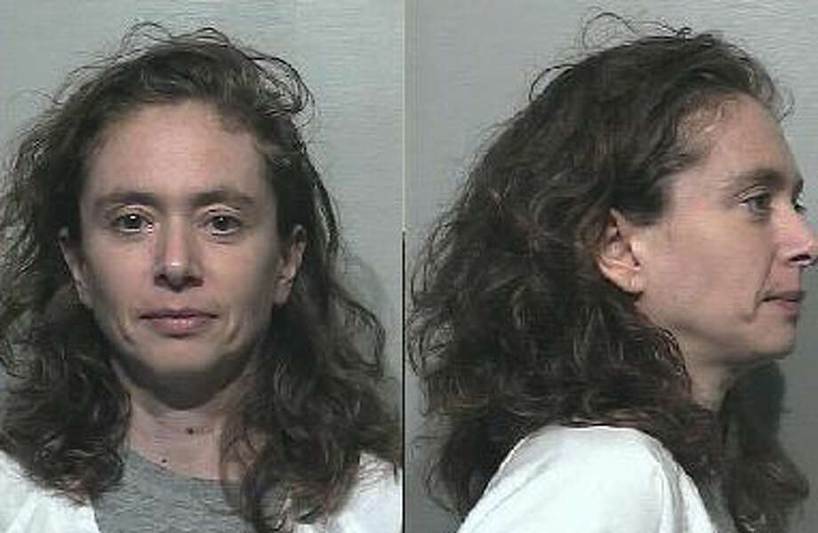 Elizabeth Margaret Strategos, a 47-year-old Illinois woman, was previously convicted of robbery in Pierce County. A warrant for her arrest was issued June 14, 2013. Anyone with information can contact the Department of Corrections at 866-359-1939 or by visiting doc.wa.gov. Photo: Department Of Corrections