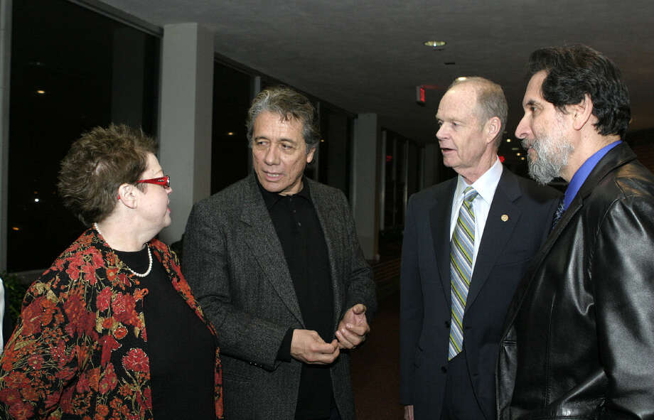 Alice Johnson, San Antonio College's dean of learning resources, meets with, from left, actor Edward James Olmos, SAC President Robert Zeigler and SAC Assessment Center Director Adolph Lopez during a 2007 event at SAC featuring Olmos. Photo: Photo By Leland A. Outz / For The Express-News / SAN ANTONIO EXPRESS-NEWS