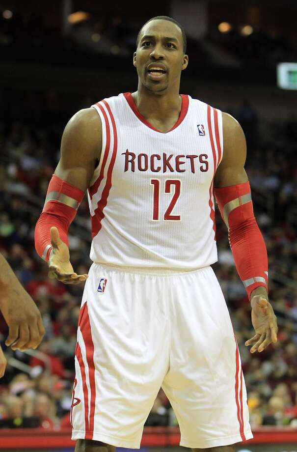 Rockets center Dwight Howard argues a call while playing the Trail Blazers Photo: Karen Warren, Houston Chronicle
