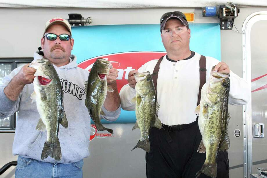 The winning team of Dewey Day and Billy Waldrep took home $3,500 for their 20.48-pound weigh-in. Photo by Alison Hart.