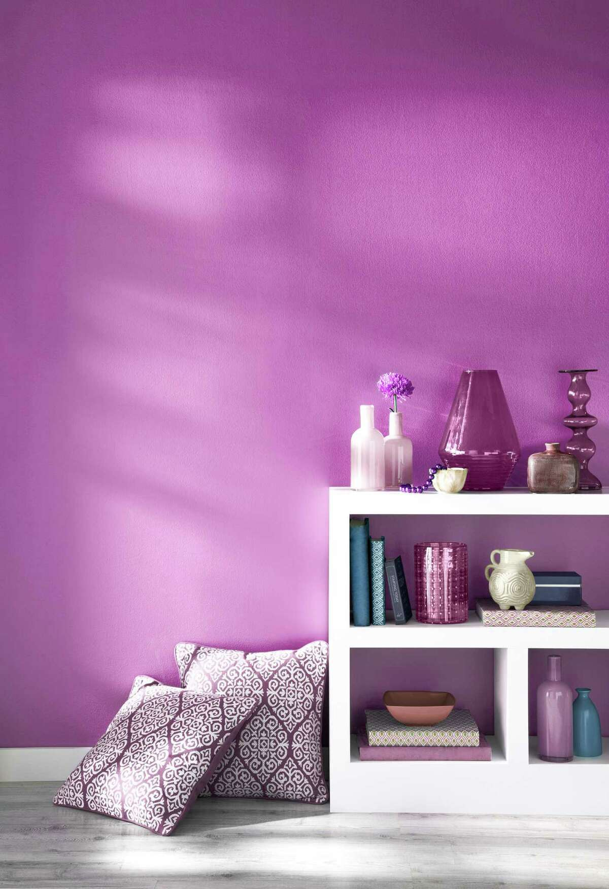 Shades of Radiant Orchid create warmth and drama in the home.