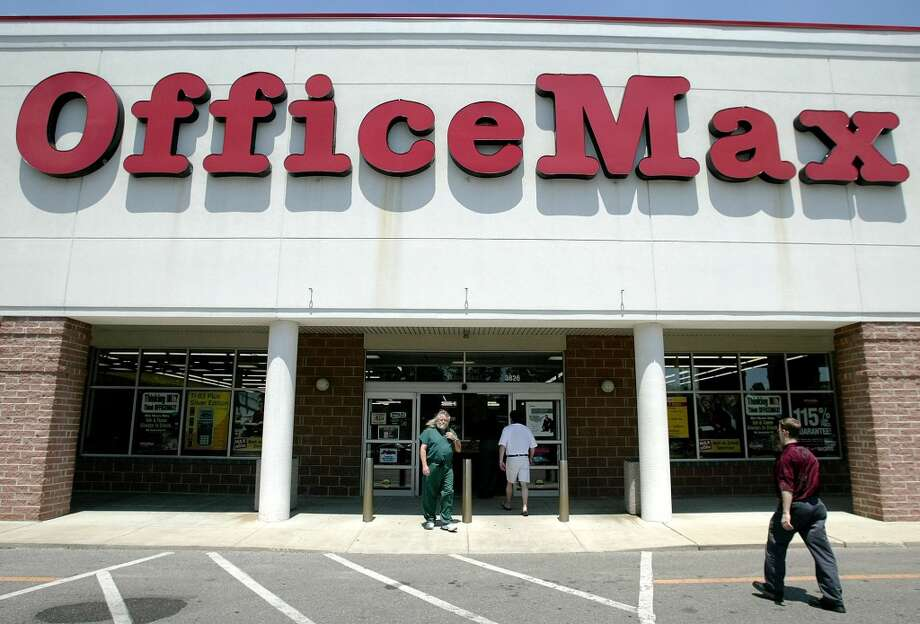 FILE — Office Max. Photo: JAY LAPRETE, AP