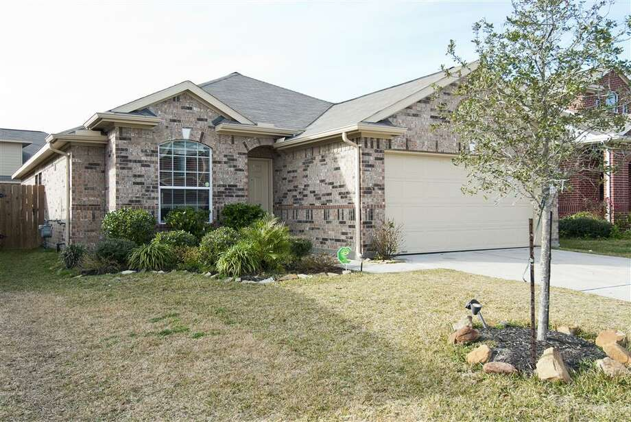 20915 Dover Mist: This 2011 home has 3 bedrooms, 2 bathrooms, 1,680 square feet, and is located in Katy. Listed for $150,000. Photo: Houston Association Of Realtors