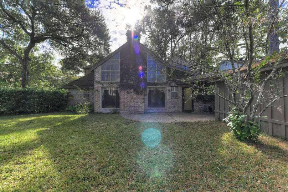 5822 Old Lodge: This 1970 home has 4 bedrooms, 2.5 bathrooms, 3,049 square feet, and is located near Willowbrook. Listed for $150,000. Photo: Houston Association Of Realtors