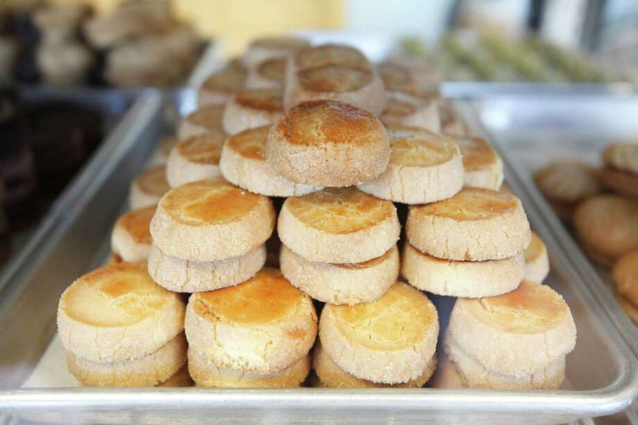 Lemon desserts at Cedars Bakery, Jan. 17, 2014 in Houston.  (Eric Kayne/For the Chronicle) Photo: Eric Kayne / Eric Kayne